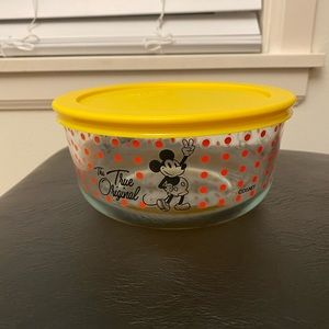 Pyrex Mickey container